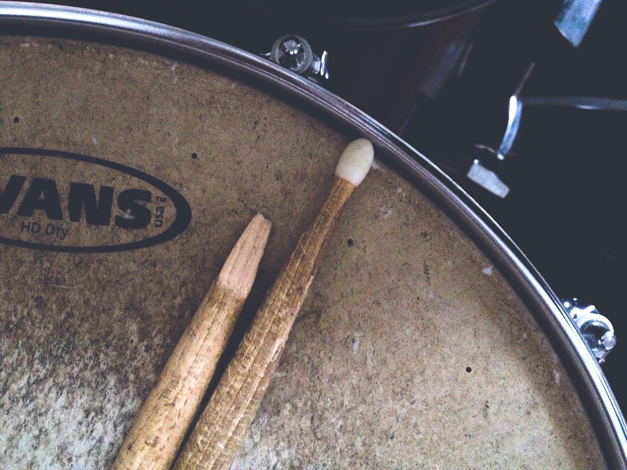 broken-drumstick-2178387_1280